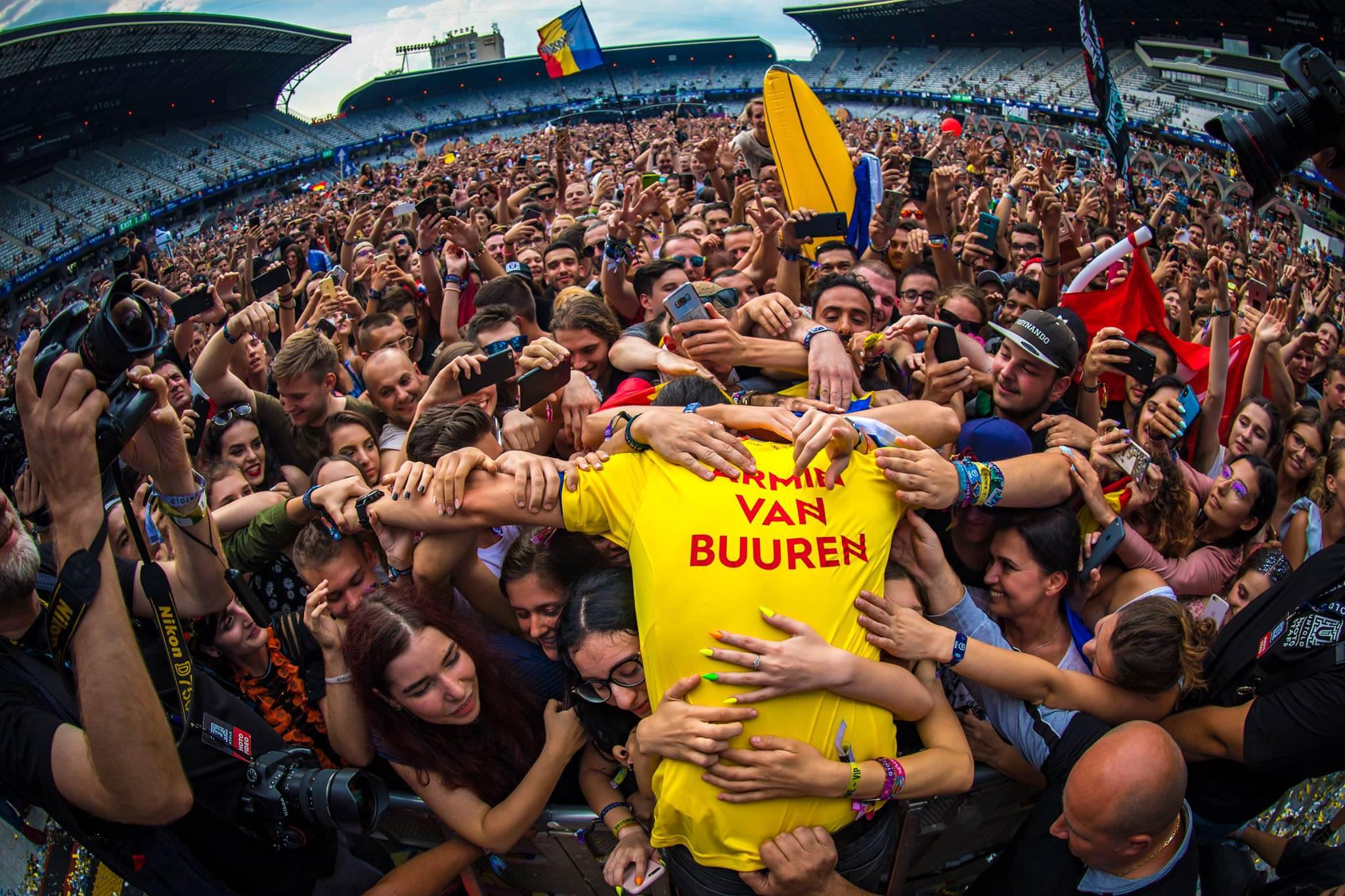 Armin van Buuren brinda inolvidable set de 7 hrs. en Untold