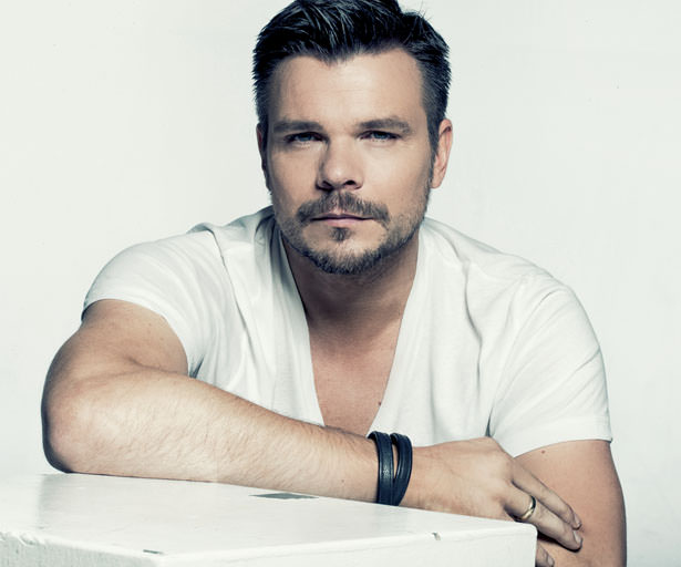 ATB Hold you 18 años