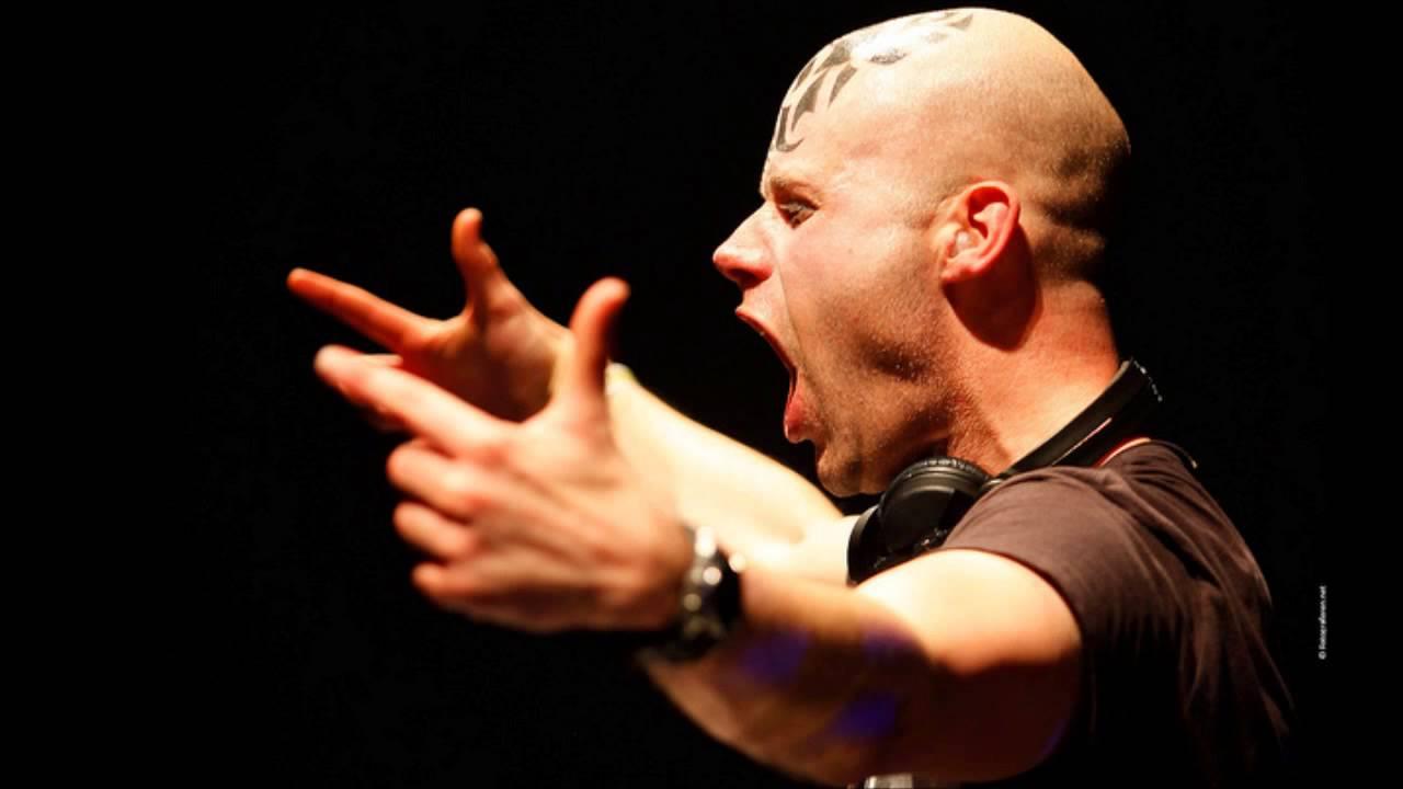 Ran-D living fot the moment remix