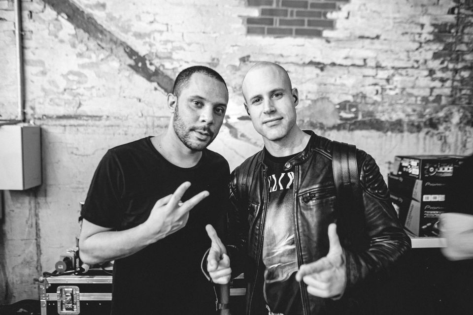 Wildstylez y Ran-D - Warriors